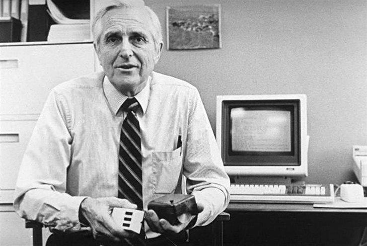 Addio a Doug Engelbart, il papà del mouse